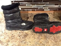 ladies NORTH FACE winter boots