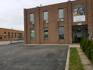 Industrial unit for rent Steeles and Weston Road avail. Dec. 1