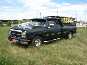 1992 Dodge Power Ram 2500 Pickup Truck LE 3/4 Ton