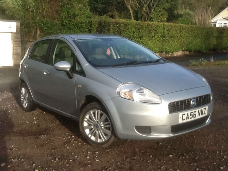 2006 fiat grande punto 1 4 dynamic silver in newport. Black Bedroom Furniture Sets. Home Design Ideas