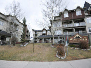 Canmore Top Floor 2 BR Condo with South-West Views!