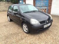 Renault Clio 1.2 Extreme 1 year Mot warranted 52000 Miles