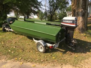 CHALOUPE DE CHASSE (DUCK BOAT)