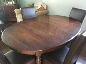 Dining Table w Chairs $250