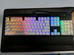 Fixed price $200 for everything. CORSAIR RGB BUNDLE