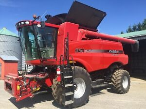 Case IH 5130 Combine low hours