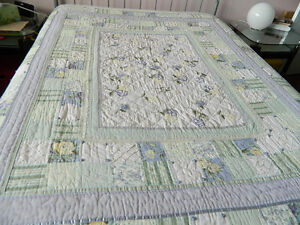 Country Style reversible bedcover - King - pastel green/mauve