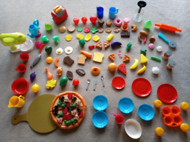 Plastic play food and accessories