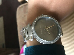 Brand New Authentic Michael Kors Silver Watch