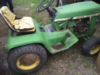 112 John Deere Riding Lawn Mower