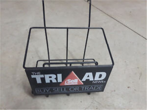 Impossible to find Tri-Ad News mini-rack.