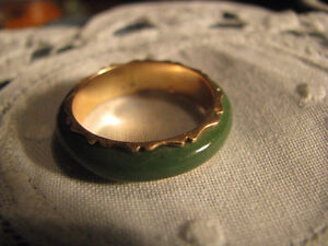 Solid 14K Imperial Jade Jadeite Ring SZ 8-8.5  Marked Tested