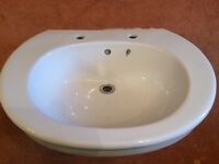 Large Bathroom Sink/Basin