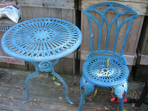 heavy 3 peice cast iron bistro set