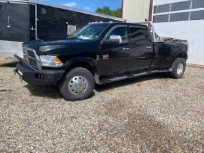 2012. Dodge 3500 Laramie dually