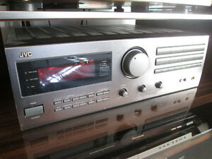 JVC  SURROUND RECIEVER