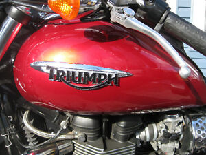 TRIUMPH SPEED MASTER
