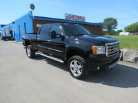 2011 GMC Sierra 2500HD Diesel 4x4 lifted, Leather $257 Payment