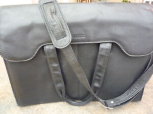 Danier Leather Brief case/laptop bag