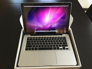 MacBook Pro Laptop, 2.4Hz Proc, 4GB RAM, 13.3 Inch