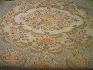 Antique Oval Hooked 9x11 Rug. 100% Wool Carpet