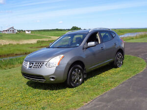 2009 Nissan Rogue S looking for a new driver!