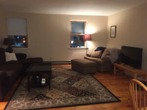 Lease takeover for Queen's student | one bdrm apartment | May 1