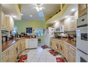 *Sailboat Access Home in CAPE CORAL, FLORIDA*Paradise** Windsor Region Ontario image 4