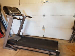 Treadmill - 3hp Freespirit