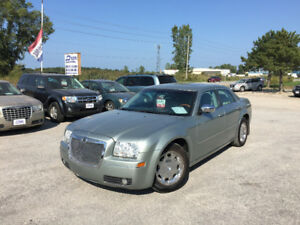 2005 Chrysler 300-Series Touring Safety & Etested! Low Mileage!