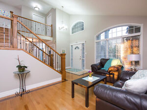 PRICE REDUCED! *Elegant home with great location!* Edmonton Edmonton Area image 3