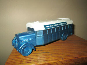 Vintage AVON, Greyhound Bus