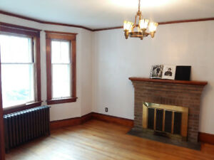 Available now:  One room in bright, large (1425 sq.ft) flat