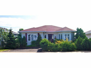 Great 4 Bedroom Home on Gilmore St. - 5 Minute Drive from MUN