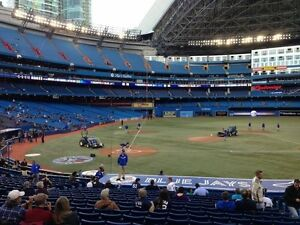 TORONTO BLUE JAYS TICKETS - AMAZING SEATS! **UP TO 6 TOGETHER**
