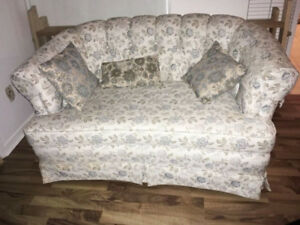 Blue floral Furniture small very comfy and clean