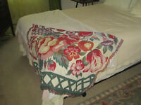 """Excellent condition reversible woven Throw Blanket 42"""" x 64"""""""