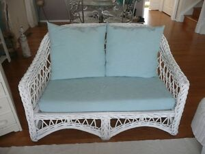 4 pcs  Rattan/Wicker Furniture:Settee, Chair, footstool, table
