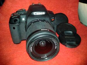Appareil Photo Canon Reflex EOS Rebel T5i de 18 Mégapixels
