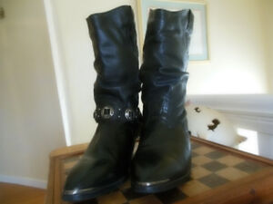 Boots. Western ladies. Leather uppers SIZE 9