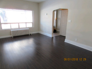 Newly renovated 2 Bed + den in great Neighbourhood- $1425