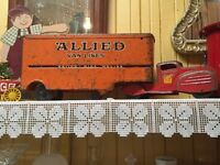 Antique Allied Truck -Antiquité Camion Allied