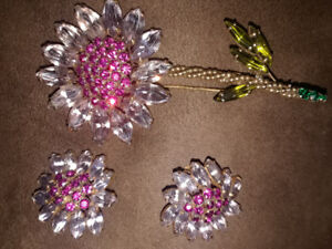 (real)WEISS-antique vintage costume jewellery