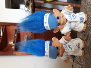 1992 world series troll dolls .... 22 ea or 40 for pair