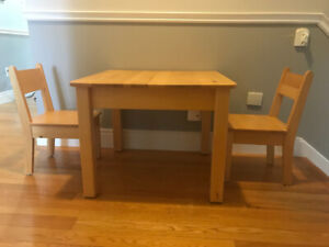 Beautiful solid wood table for kids