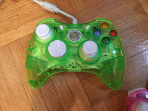 xbox 360 plus controllers and all cords