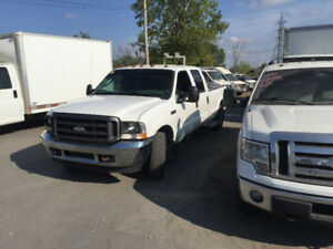 2004 Ford F-350 Pickup Truck a 1