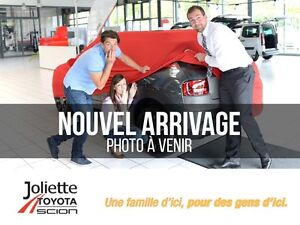 2013 Toyota Prius v Touring Cuir, GPS, toit fixe