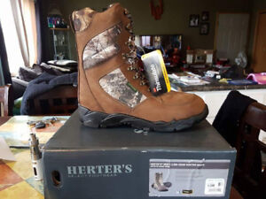 Brand new hunting boots