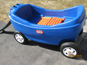 LITTLE TIKES LARGE BLUE PULL WAGON